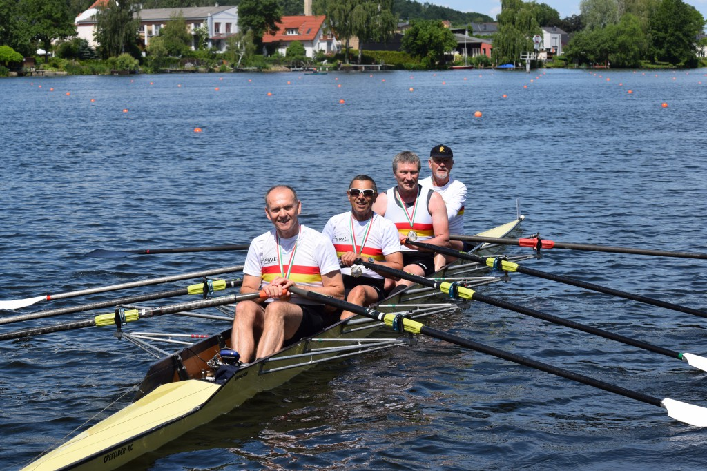 Werner Rösch mit Mannschaft in Werder an der Havel